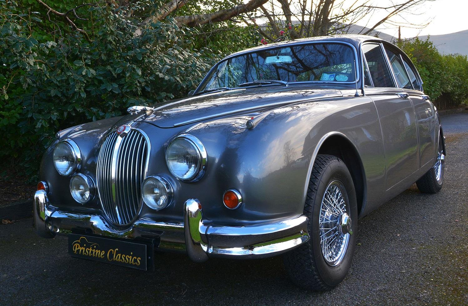 jaguar MK II pristine-classics