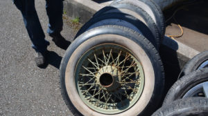 Jaguar XK140 wheels