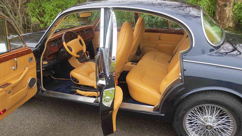 1964 Jaguar MKII V8